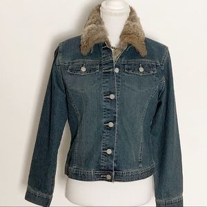 CABI- Denim Jacket w/Removable Vest. Size S
